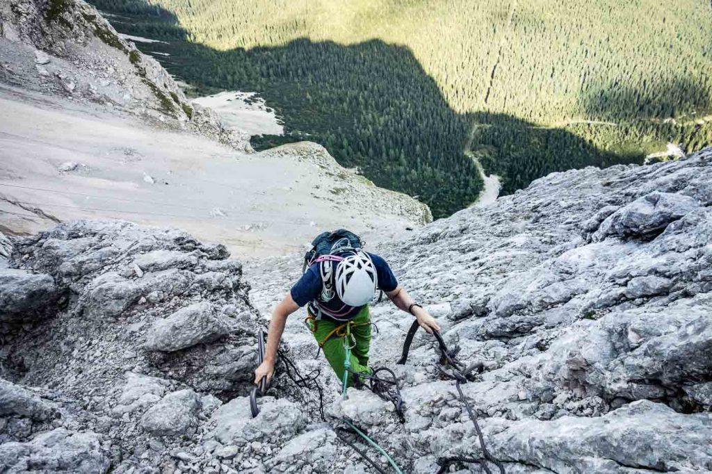 Klettersteig Eisenzeit : Eisenzeit an der zugspitze im winter mit bergführer ludwig karrasch