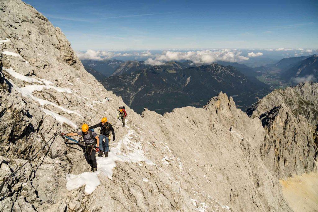 Klettersteig Zugspitze Höllental : Führung zugspitze übers höllental ludwig karrasch bergführer